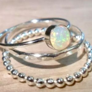 Jewelry - Opal ring set